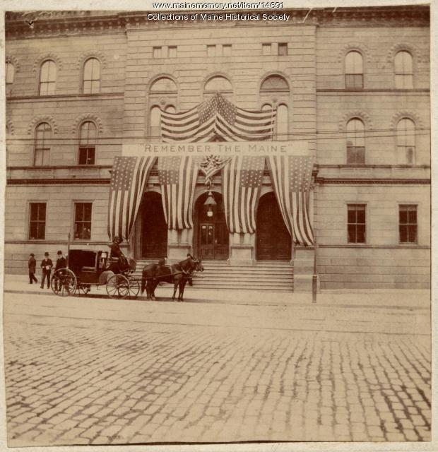 War banner, Portland City Hall, 1898