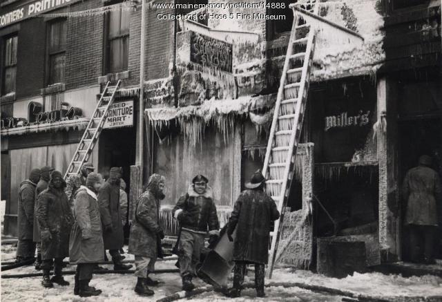 York Street fire cleanup, Bangor, 1945