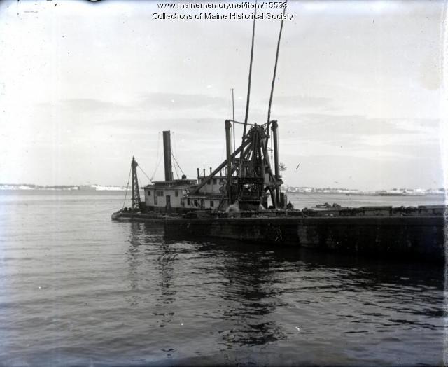 Dredge, Portland Harbor, ca. 1900