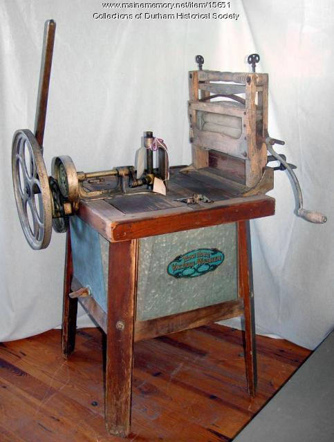 Klean Kwick washer and clothes wringer, Durham, ca. 1915