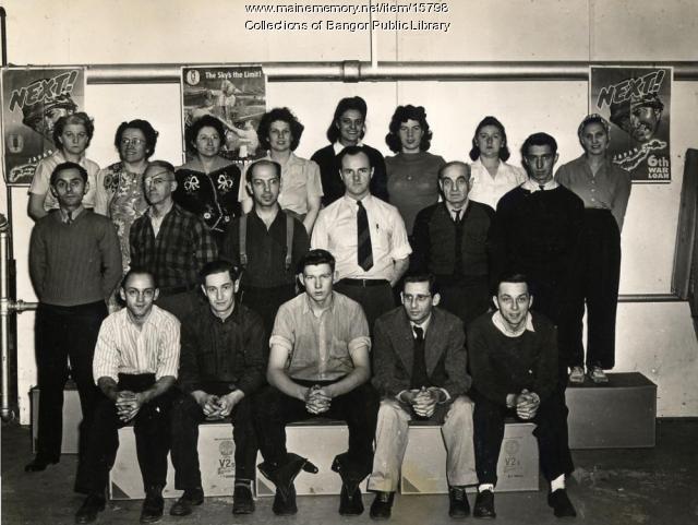 Viner's Shoe Co. workers, Bangor, 1943