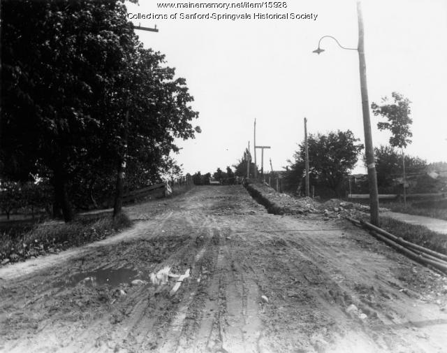 Railroad Crossing, Springvale