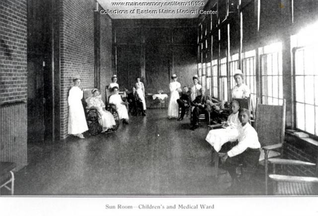 Sun room, Eastern Maine General Hospital, Bangor, 1910