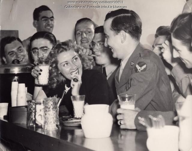 Joan Blondell, Presque Isle, 1942