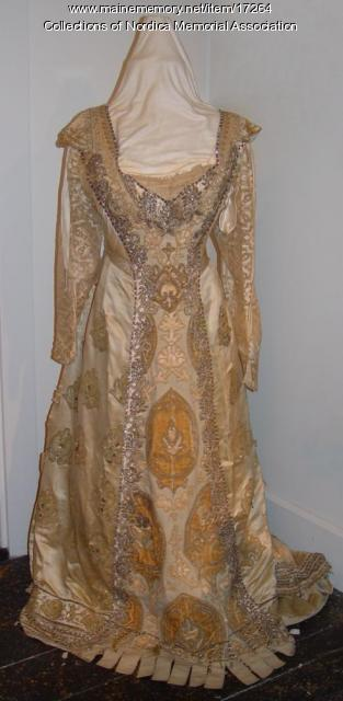 Gown worn by Lillian Nordica