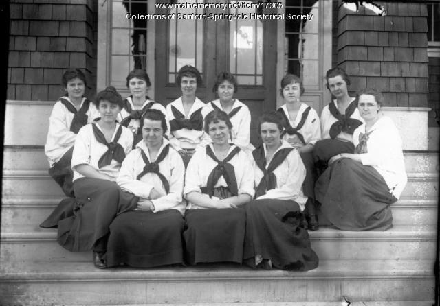 Girls at Nasson, Springvale, after 1912