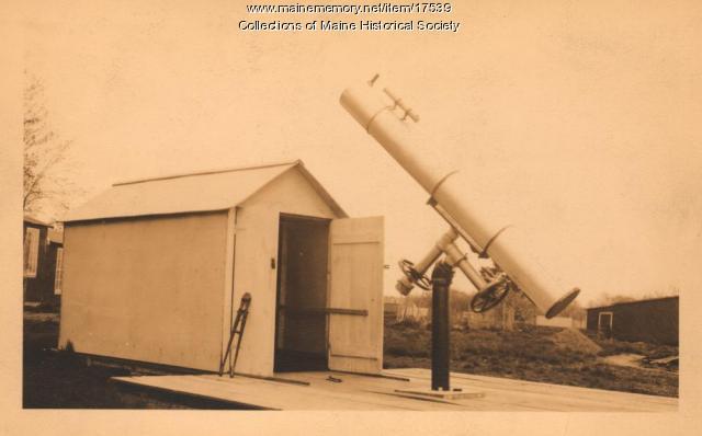 Roscoe Stephens' telescope, Kennebunk, ca. 1942