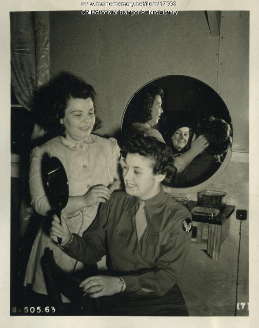 Beauty shop, Dow Field, Bangor, 1945