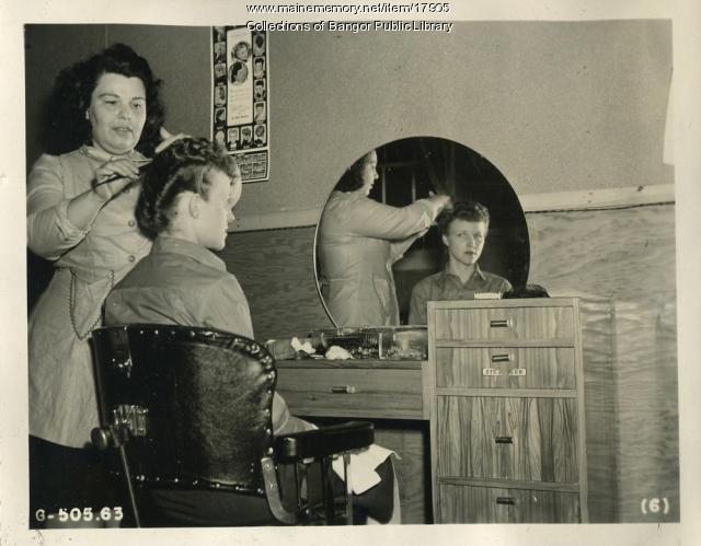 Waving the WACS! Dow Air Field, Bangor, 1945