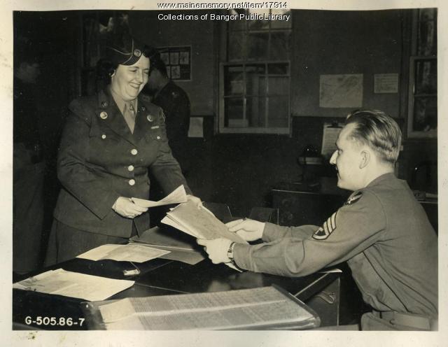 WAC courier, Dow Air Field, Bangor, 1945