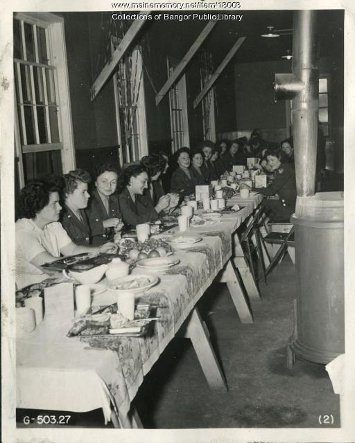 WACs at Thanksgiving, Dow Field, Bangor, 1944