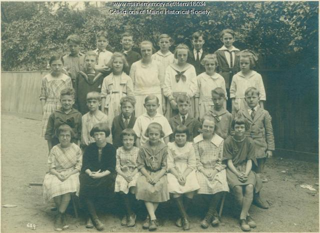Rosa True students, Portland, ca. 1923