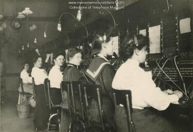 Switchboard operators, Lewiston, ca. 1900