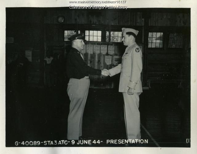 Col. James C. Jensen recieves Distinguished Flying Cross, Bangor, 1944
