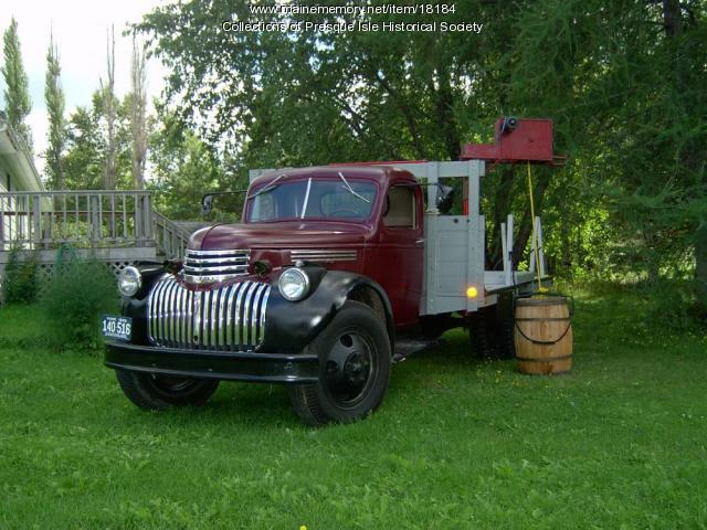 Potato Barrel Truck, Presque Isle