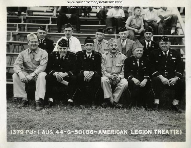 Military personnel, Bangor Fair, 1944