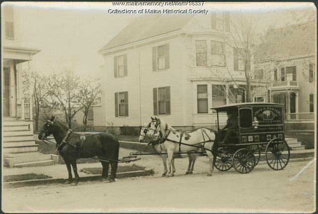 Sawyer Confectionery wagon, Portland, ca. 1900