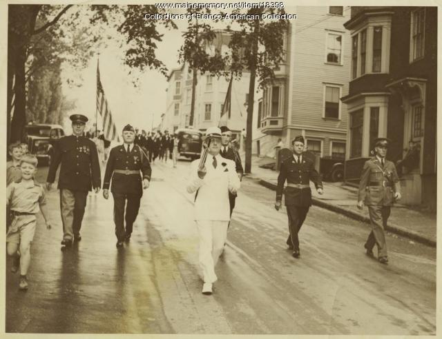 Lewiston American Legion in parade, 1941