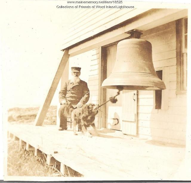Sailor the dog rings fog bell, Wood Island Light, ca. 1903
