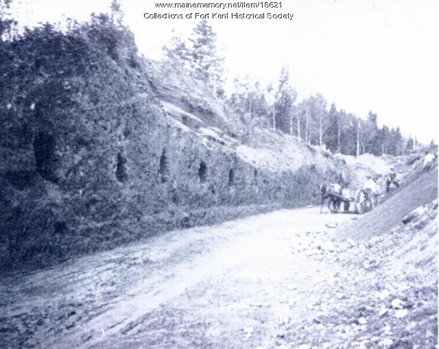 Building the Fish River Railroad, Fort Kent, ca. 1902