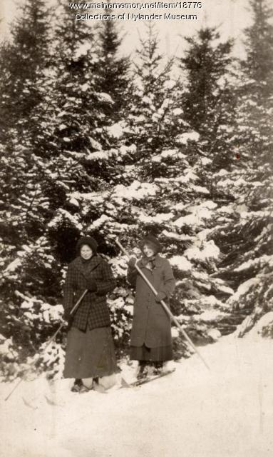 Cross country skiing, New Sweden, ca 1922