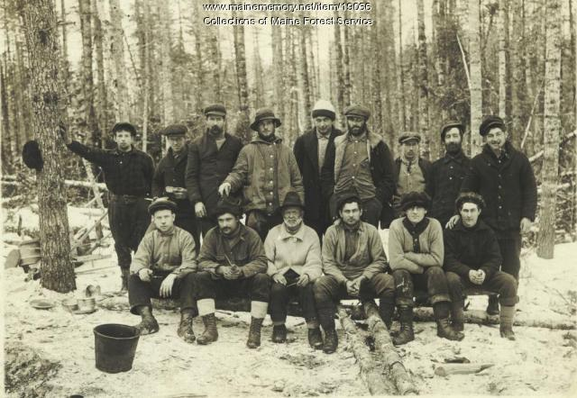 Woods crew, ca. 1920