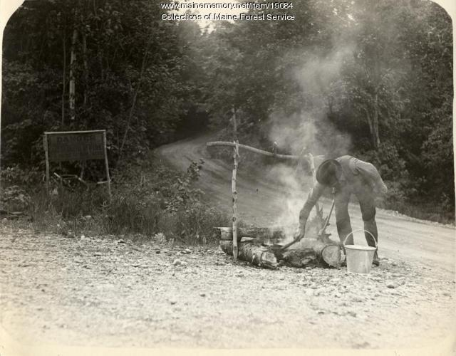 Roadside camp fire, ca. 1930