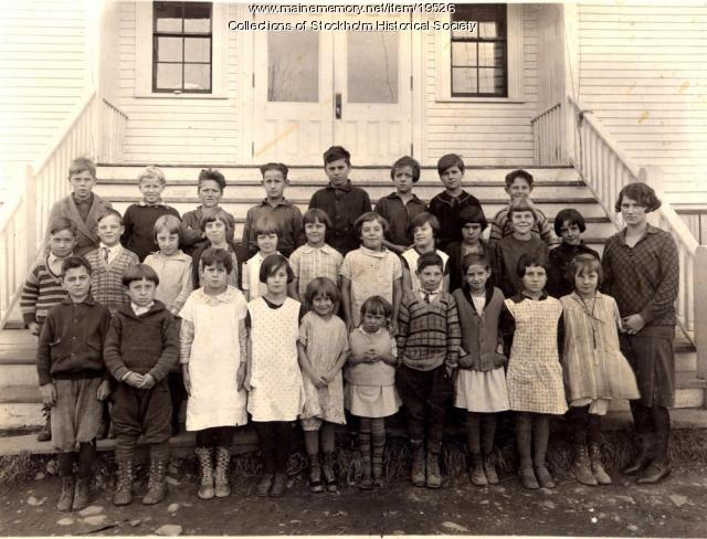 School students group picture, Stockholm, ca. 1920