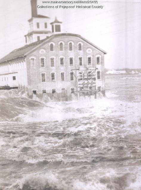 Pejepscot Paper Mill during the 1936 flood