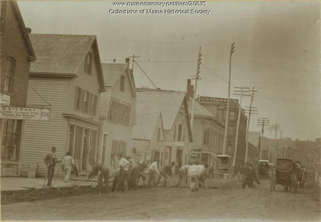 Street cleaners, Portland, 1895