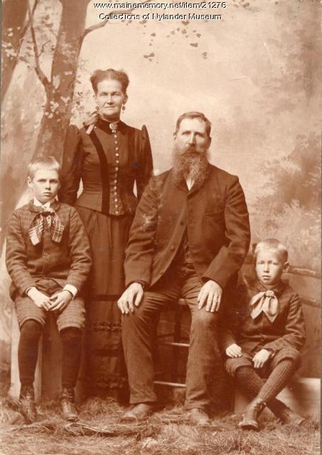 Anders Kjilman family, Perham, ca. 1922