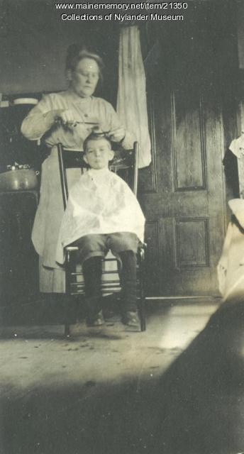 Ana Lans and Mrs. B. Prote, Woodland, ca. 1922