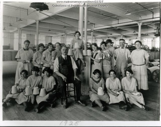 Winding room employees, Cabot Mill, Brunswick, 1925