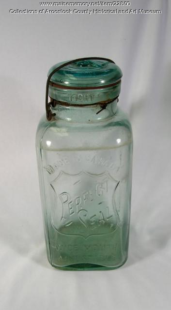 Perfect Seal jar, Houlton, ca. 1910