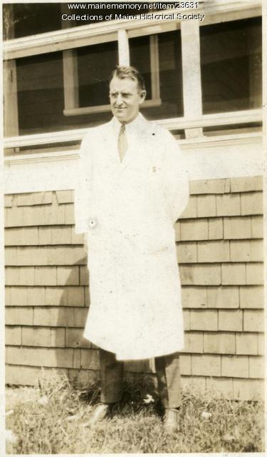 Dr. Lester Adams, Western Maine Sanatorium, 1928