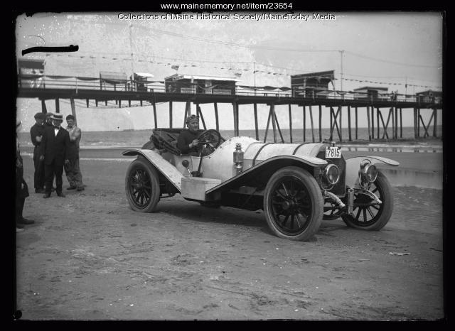 Automobile racing, Old Orchard Beach, ca. 1912