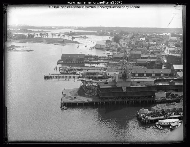 Aerial view of Portsmouth, 1923