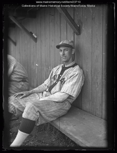 George Underhill, Portland, 1925