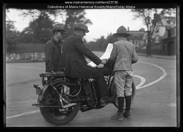 Scout giving directions, Portland, 1921