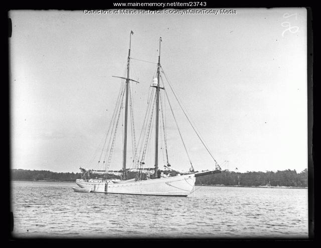 Sachem III leaving Wiscasset, June 19, 1926