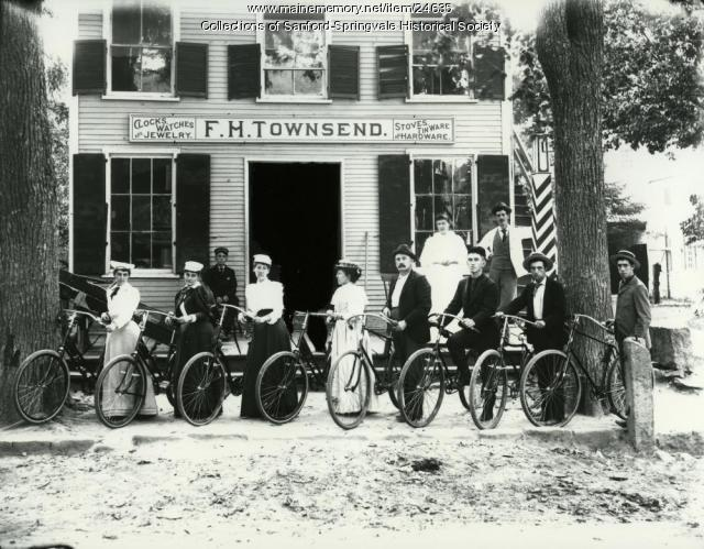 Bystanders, F. H. Townsend's Store, Limerick, ca. 1900