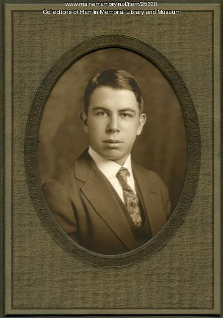Henry W. Lyon Jr., ca. 1902