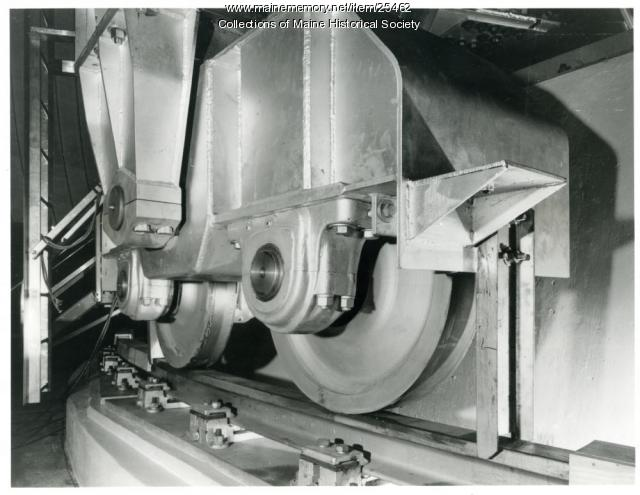 Horn antenna truck, Andover, 1962