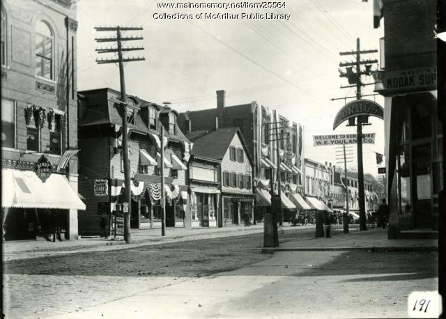 Main Street, Biddeford, east from Benoit's, 1909