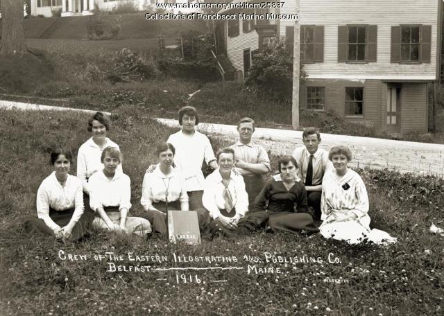 Eastern Illustrating Co. staff, Belfast, 1916