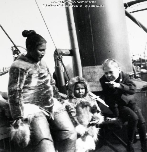 Peary family members in Greenland, 1902