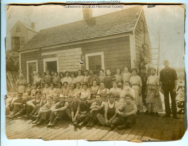 Fish packers, Lubec, ca. 1910
