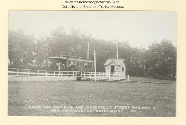 Lewiston, Augusta and Waterville Street Railway at New Meadows Inn, Bath, ca. 1910