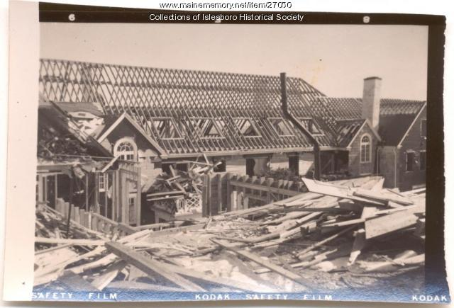 Razing of Islesboro Inn, 1955