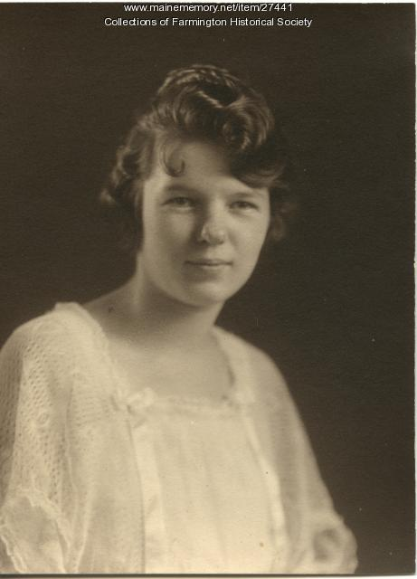 Nora Rackliff Graduation portrait, Farmington, 1922
